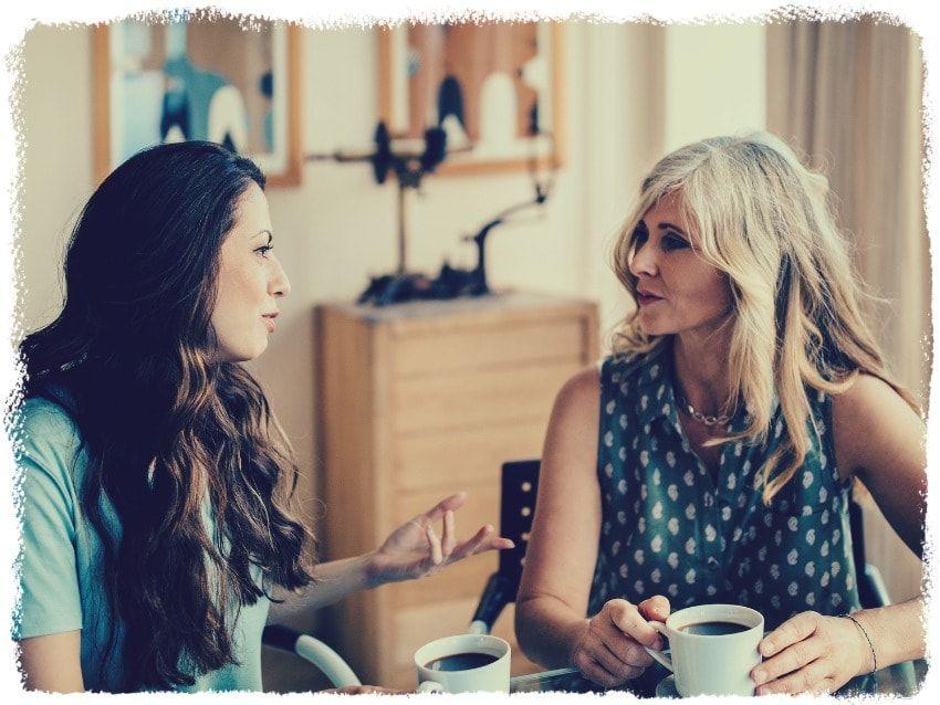 Une façon de savoir comment être plus positif dans une relation est d'avoir quelqu'un qui écoute attentivement vos problèmes.